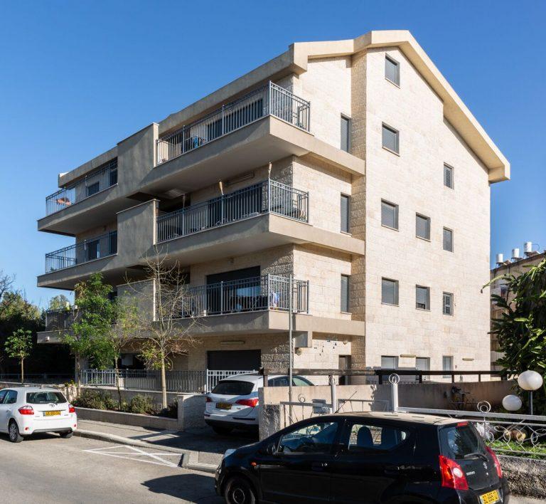 חומה ומגדל 62, חיפה